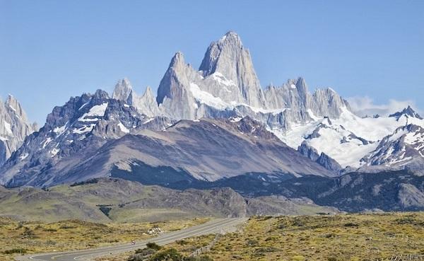 ロスグラシアレス一番高い山