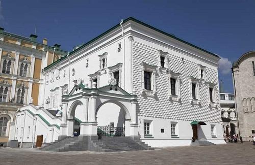 グラノヴィタヤ宮殿