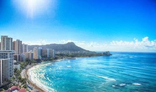 ハワイ行く
